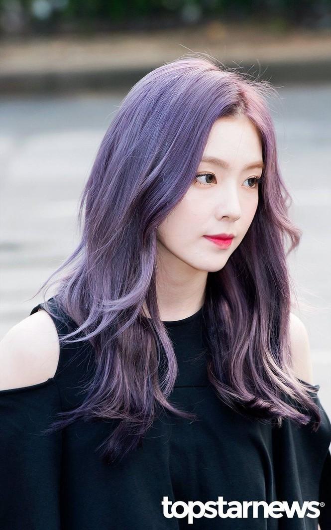Màu tóc tím khói thần thánh của Rosé (BLACKPINK) lại khiến một nữ idol chịu không nổi - ảnh 3