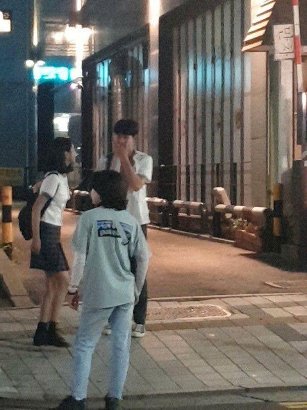 """Diện đồ hiệu suốt từ đầu phim nhưng riêng lần này Seo Ye Ji bị chê """"không phù hợp"""" - ảnh 5"""