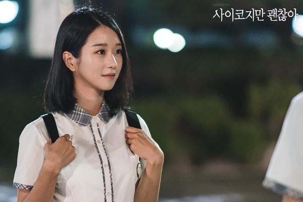 """Diện đồ hiệu suốt từ đầu phim nhưng riêng lần này Seo Ye Ji bị chê """"không phù hợp"""" - ảnh 3"""