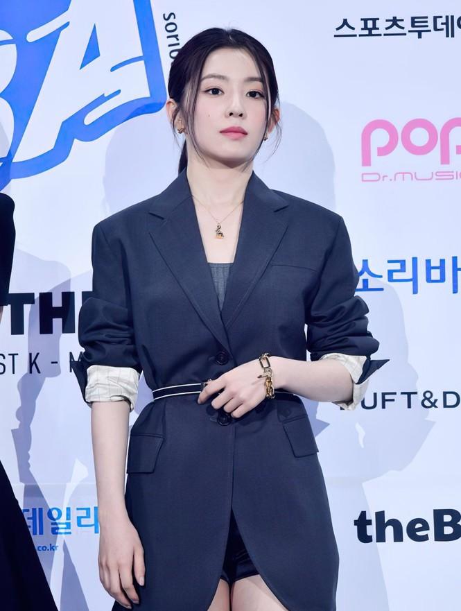 Liên tục đụng hàng mỹ nhân châu Á nhưng Seo Ye Ji vẫn thắng thế nhờ phối đồ cao tay - ảnh 1