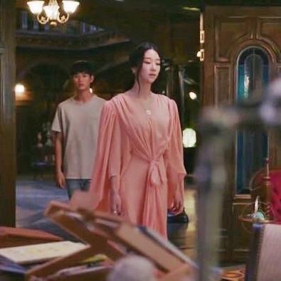 Liên tục đụng hàng mỹ nhân châu Á nhưng Seo Ye Ji vẫn thắng thế nhờ phối đồ cao tay - ảnh 7