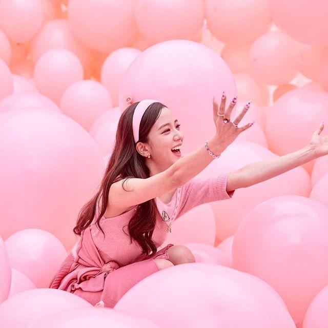 """Chỉ có thể là Jisoo (BLACKPINK): ảnh chụp hậu trường còn đẹp hơn cả trong MV """"Ice cream"""" - ảnh 6"""