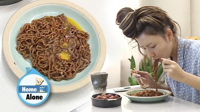 Vì đâu thực tập sinh lẫn idol K-Pop lại được phép ăn một món cực béo và dễ tăng cân? - ảnh 2