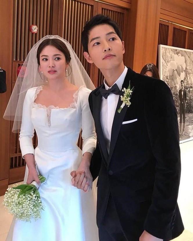 Show thực tế này có gì lạ mà netizen gọi ngay tên Song Joong Ki và Song Hye Kyo? - ảnh 4