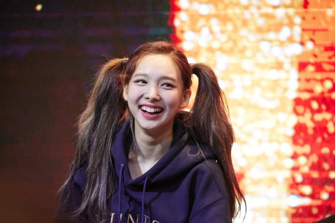 Nayeon (TWICE) debut đã lâu nhưng giờ fan mới biết cô sở hữu kỷ lục ngoại hình này - ảnh 1