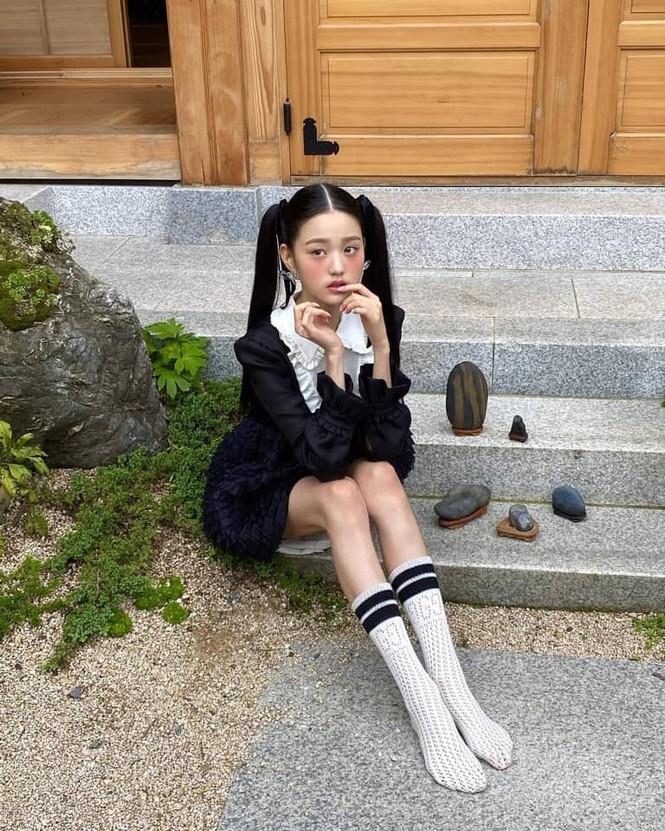 """Bộ ảnh mới của Jang Won Young đáng sợ cỡ nào mà netizen bảo """"giống phim kinh dị""""? - ảnh 4"""
