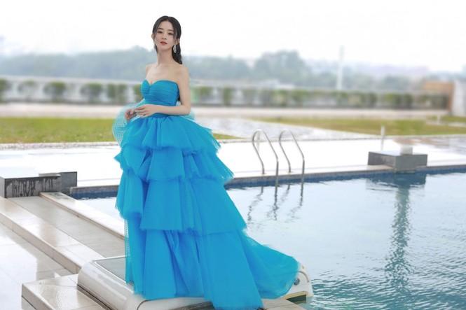 Ngất ngây với dàn mỹ nhân C-Biz ở giải Kim Ưng: Ai cũng lộng lẫy như công chúa - ảnh 2