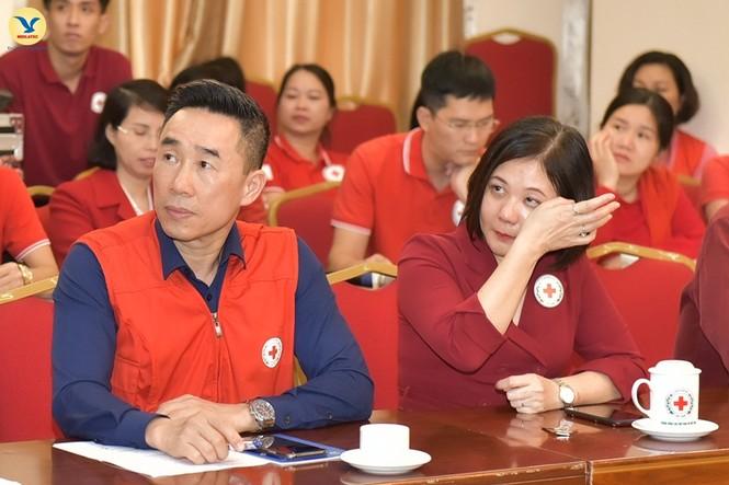 Đại diện tập đoàn MED GROUP trao 1,5 tỷ đồng tới Hội Chữ Thập đỏ Việt Nam - ảnh 3
