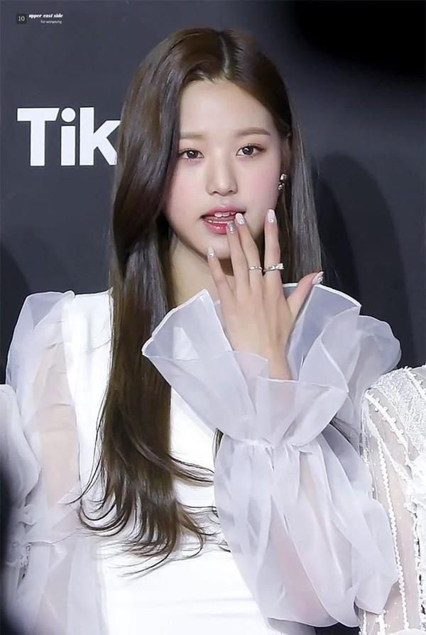 Lạ kỳ như người Hàn: Thích idol mặt nhỏ, eo nhỏ nhưng riêng một thứ phải to mới đẹp - ảnh 6