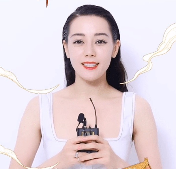 Xinh đẹp như Địch Lệ Nhiệt Ba mà cũng thành nạn nhân của việc chọn nhầm kiểu tóc - ảnh 3