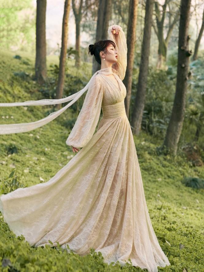 Sao nữ C-Biz đọ váy tại Tinh Quang Đại Thưởng: Ai cũng như tiên nữ giáng trần - ảnh 7