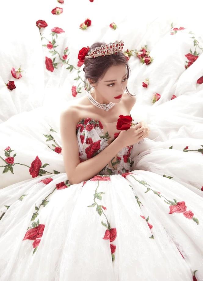 Sao nữ C-Biz đọ váy tại Tinh Quang Đại Thưởng: Ai cũng như tiên nữ giáng trần - ảnh 12