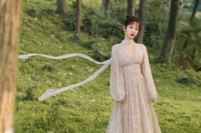 Sao nữ C-Biz đọ váy tại Tinh Quang Đại Thưởng: Ai cũng như tiên nữ giáng trần - ảnh 8