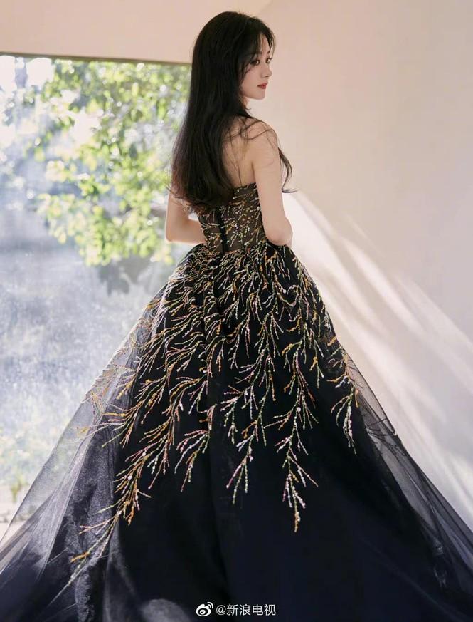 Sao nữ C-Biz đọ váy tại Tinh Quang Đại Thưởng: Ai cũng như tiên nữ giáng trần - ảnh 4