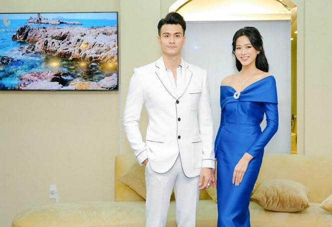 Chọn đúng trang phục trang điểm, Hoa hậu Đỗ Thị Hà xinh đẹp quý phái như công nương - ảnh 4