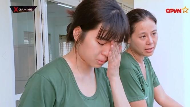 Không hẹn mà gặp, hai nàng Khánh Vân đều chung cảnh tỏa sáng đầu năm, thị phi cuối năm - ảnh 2