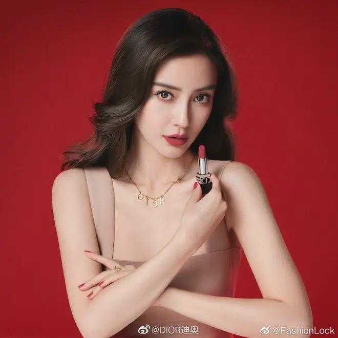 Dior cùng lúc tung ảnh mới của Jisoo và Angela Baby: Nàng thơ nào xinh đẹp ấn tượng hơn? - ảnh 3