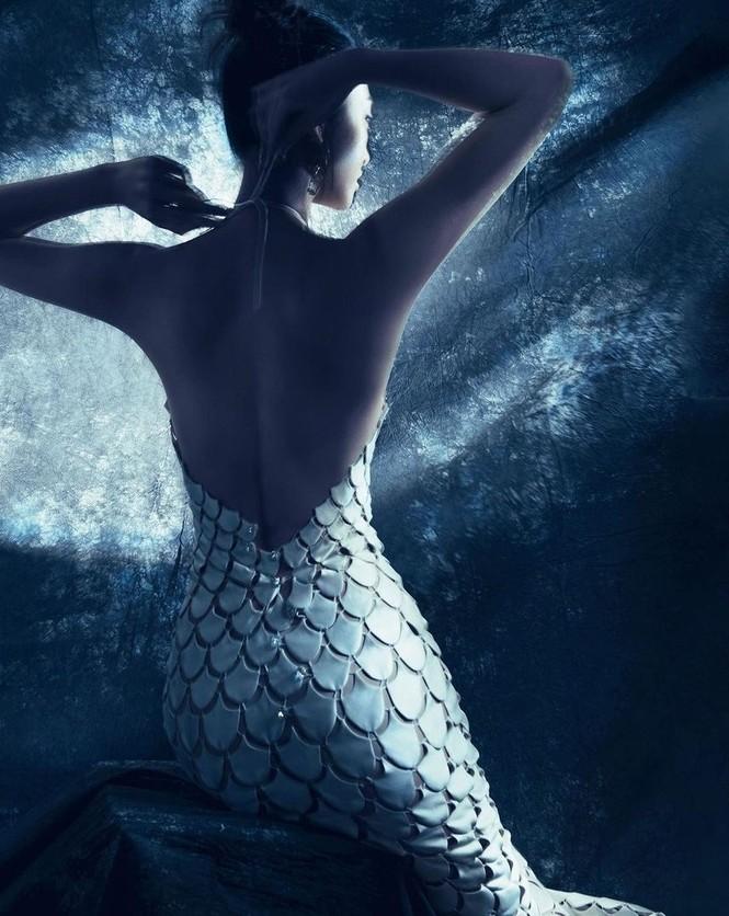 Mặc cùng bộ váy tiên cá, Hoa hậu Đỗ Thị Hà hay Lương Thùy Linh khác biệt ra sao? - ảnh 4