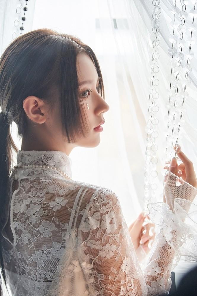 Thành viên hụt của BLACKPINK khiến netizen trầm trồ vì nhan sắc đỉnh cao chẳng kém cạnh Jisoo - ảnh 7