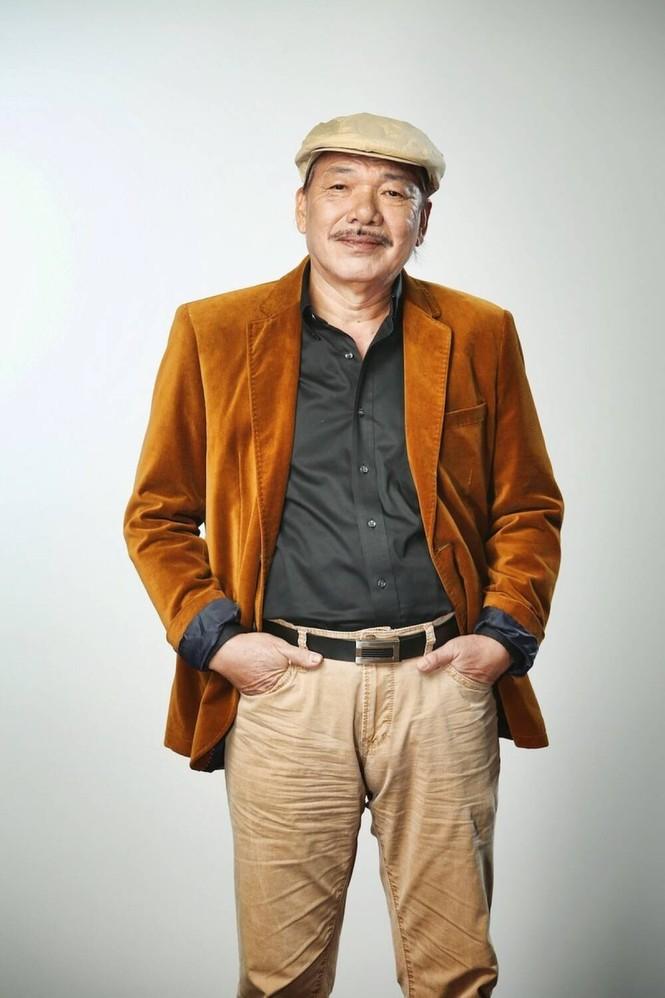 Gia đình nhạc sĩ Trần Tiến khẳng định ông vẫn rất khỏe mạnh, phủ nhận tin đồn qua đời - ảnh 1
