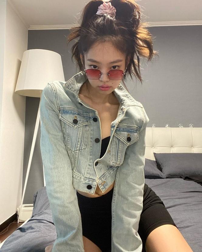 Netizen giật mình khi bóc giá giường ngủ của Jennie: Giàu vậy ai chơi lại! - ảnh 1