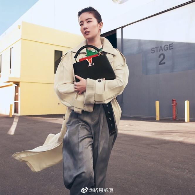 Lưu Diệc Phi bất ngờ trở thành nàng thơ của Louis Vuitton nhưng bị chê nhiều hơn khen - ảnh 6