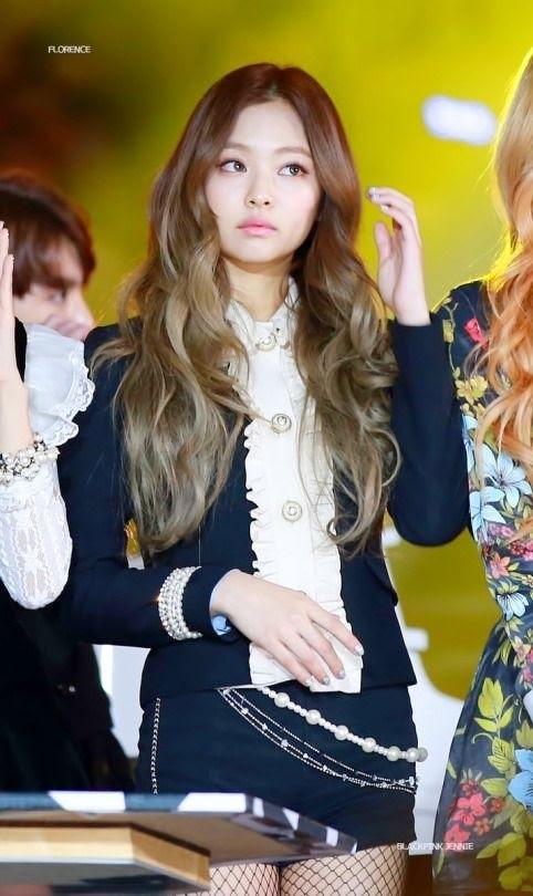 Nhìn lại 7749 kiểu tóc của Jennie: Ngay cả kiểu kỳ quặc nhất cũng vẫn thấy xinh - ảnh 6