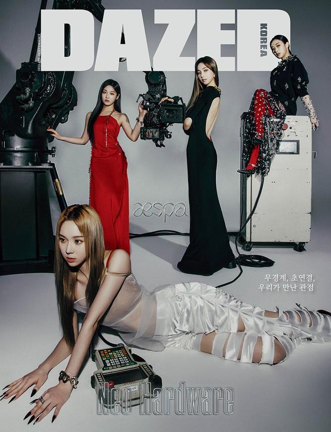 Vừa khoe bộ ảnh tạp chí đầu tiên, aespa đã bị so khí chất thời trang với BLACKPINK - ảnh 3