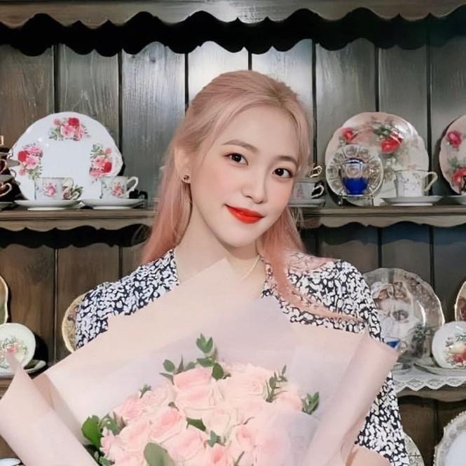 Nhìn Yeri (Red Velvet) trả lời câu hỏi siêu khó từ fan, netizen đều khâm phục EQ của idol K-Pop - ảnh 2