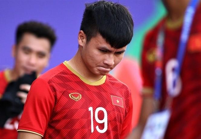 Đồng nghiệp lên tiếng bênh vực Quang Hải, fan tiếp tục tranh cãi không hồi kết - ảnh 1