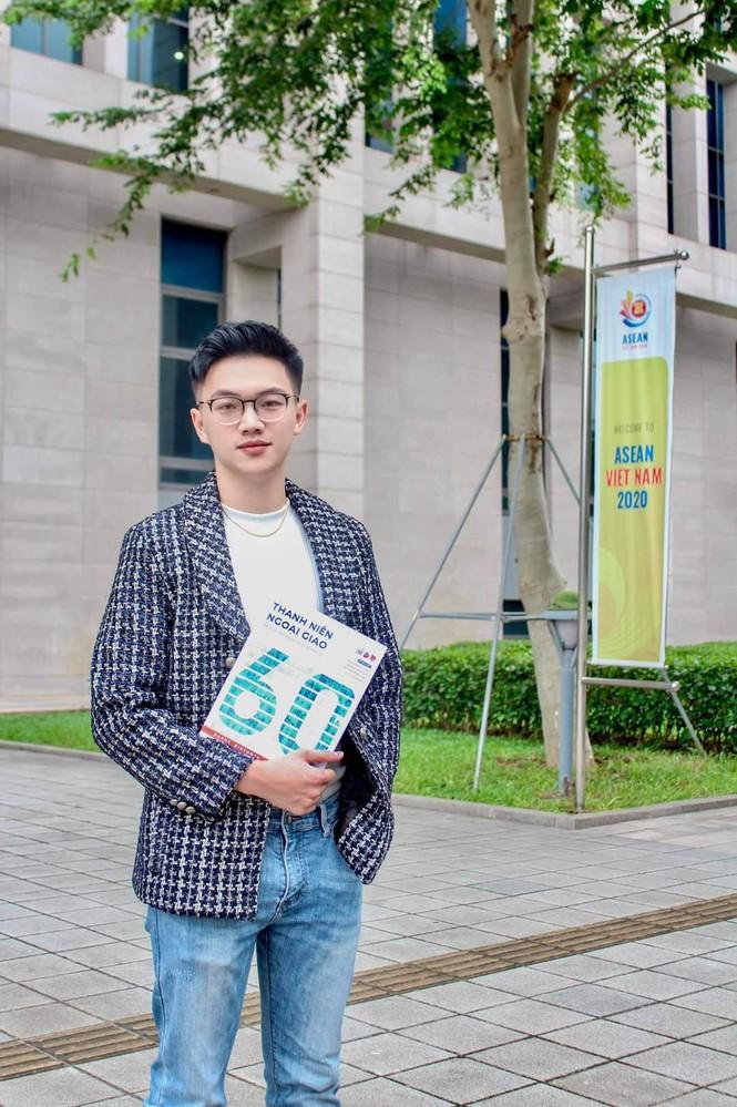 Gặp gỡ Thái Bá Minh - Chàng hotboy Ngoại giao vào Đảng từ năm 18 tuổi - ảnh 5