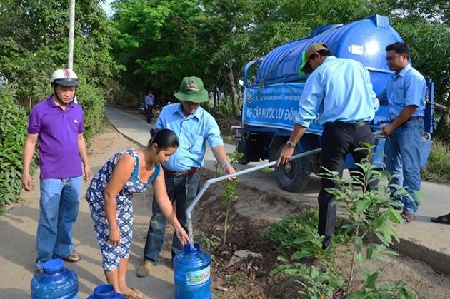 Cần ưu tiên nguồn lực cho cấp nước sạch nông thôn - ảnh 1