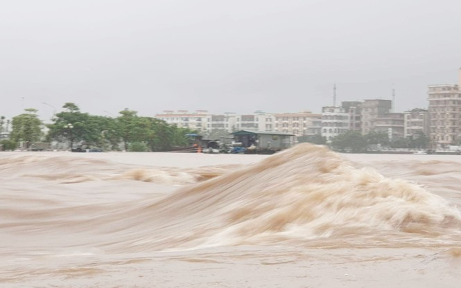 Bão số 3 suy yếu thành áp thấp, TP Móng Cái và nhiều địa phương nguy cơ ngập - ảnh 1