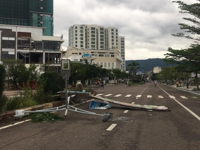 Bão số 9 đổ bộ Quảng Nam - Quảng Ngãi, giật cấp 13 - ảnh 2