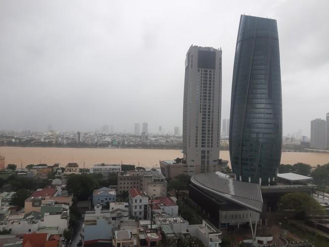 Bão số 9 đổ bộ Quảng Nam - Quảng Ngãi, giật cấp 13 - ảnh 29