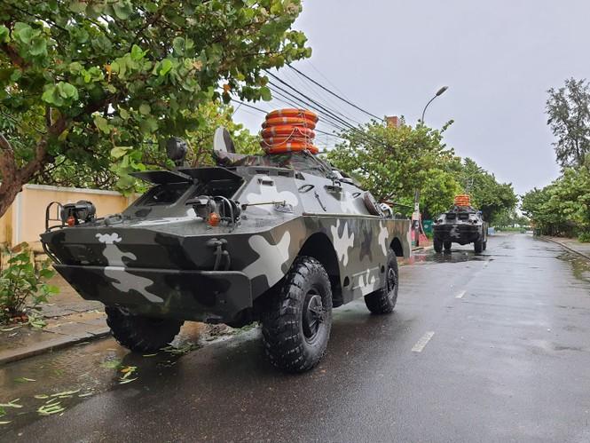Bão số 9 đổ bộ Quảng Nam - Quảng Ngãi, giật cấp 13 - ảnh 31