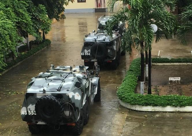 Bão số 9 đổ bộ Quảng Nam - Quảng Ngãi, giật cấp 13 - ảnh 13