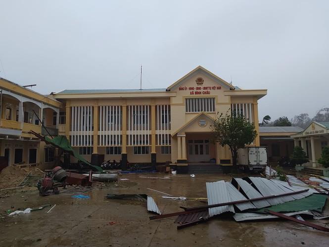 Bão số 9 đổ bộ Quảng Nam - Quảng Ngãi, giật cấp 13 - ảnh 11