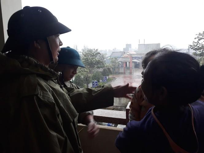 Bão số 9 đổ bộ Quảng Nam - Quảng Ngãi, giật cấp 13 - ảnh 28