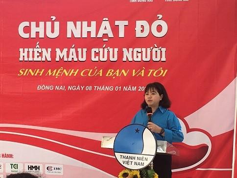 Người đẹp Nhân ái Huỳnh Nguyễn Mai Phương tham gia Chủ nhật Đỏ tại Đồng Nai - ảnh 2