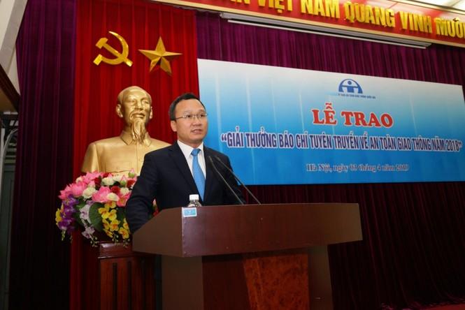 Báo Tiền Phong đạt giải ba thi viết về an toàn giao thông - ảnh 3