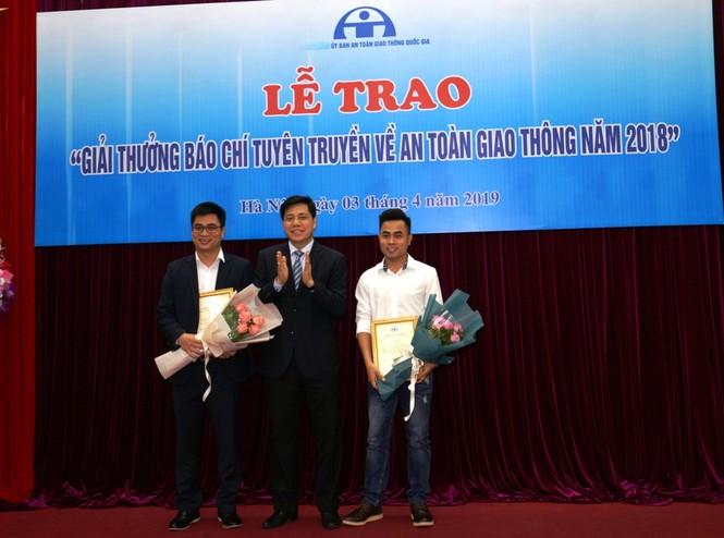 Báo Tiền Phong đạt giải ba thi viết về an toàn giao thông - ảnh 1