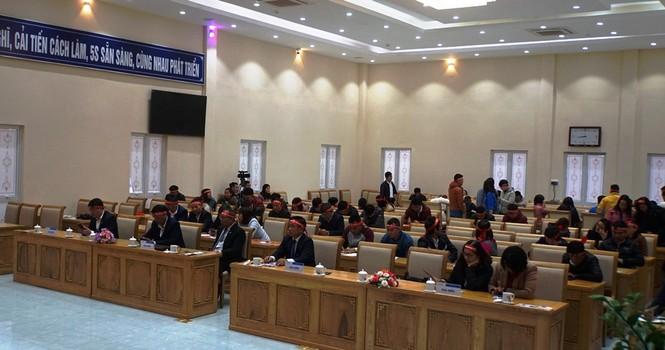 Chủ nhật Đỏ sôi động tại tỉnh miền núi Lai Châu - ảnh 1