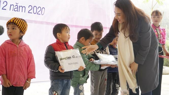 Quỹ Vì Tầm vóc Việt hoàn thành nâng cấp một điểm trường mầm non ở Vân Hồ, Sơn La - ảnh 9