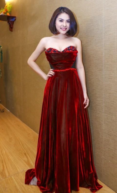 Vân Trang chi 6000 USD mua váy dự liên hoan phim tại Pháp - ảnh 13