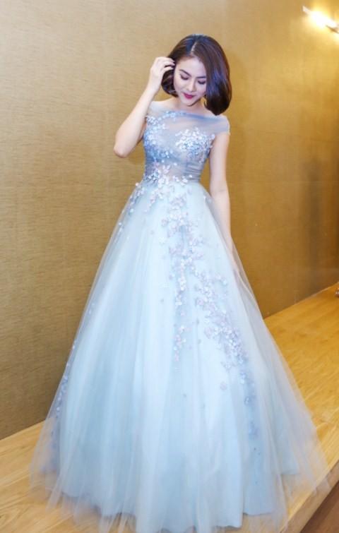 Vân Trang chi 6000 USD mua váy dự liên hoan phim tại Pháp - ảnh 2