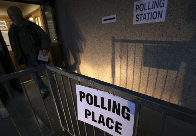 Dân Scotland đi bỏ phiếu cho 'bước ngoặt lịch sử' - ảnh 7