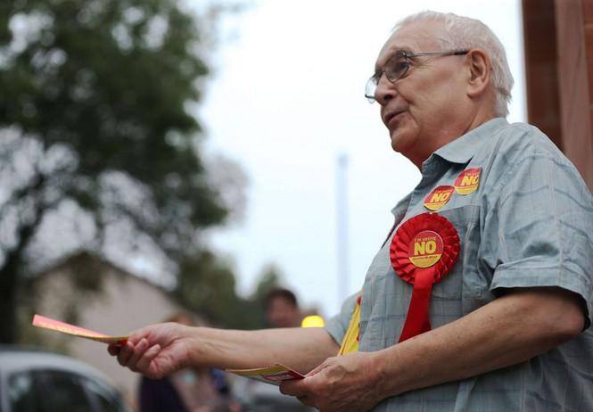 Dân Scotland đi bỏ phiếu cho 'bước ngoặt lịch sử' - ảnh 3