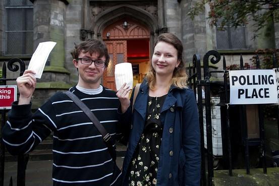 Dân Scotland đi bỏ phiếu cho 'bước ngoặt lịch sử' - ảnh 2