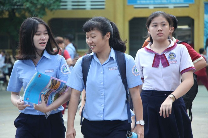 [Ảnh] Khoảnh khắc khó quên của thí sinh Sài Gòn sau môn thi cuối  - ảnh 5